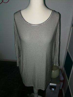 Oversize Shirt schwarz weiß gestreift der Marke Promod in der Größe XL