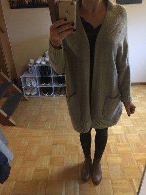 Oversize Strickjacke Zara