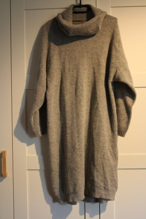 Oversize Strickkleid in grau von Selected Femme