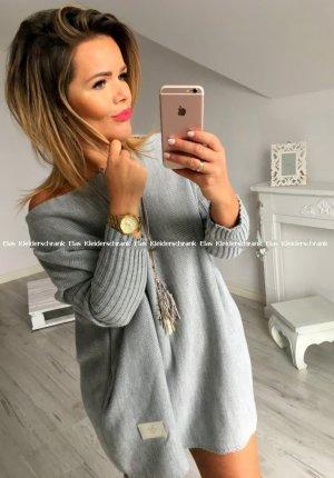 Oversize Strickpullover Strickkleid Stiefelkleid Longpullover Minikleid knielang schulterfreier Ausschnitt / Carmen Ausschnitt grau passt bei M-XL