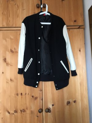Oversized College Jacke, Gr. 36, H&M