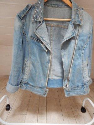 Oversized Jeansjacke mit Nieten