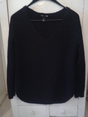 H&M Knitted Sweater black