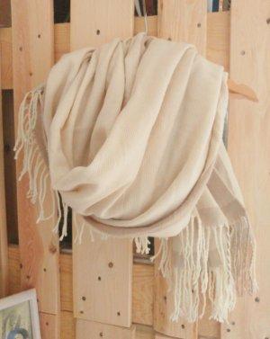 Oversized Schal in wollweiß und beige