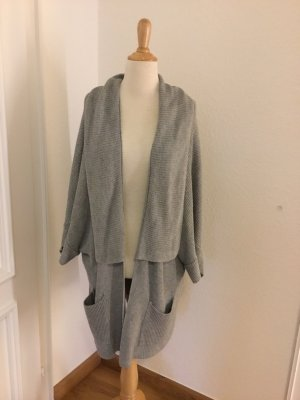 ODEON Knitted Poncho light grey-grey