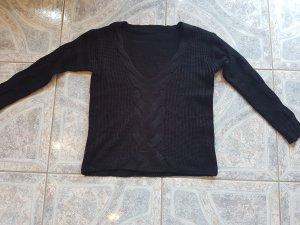 Overzised Pullover mit Strickmuster und V- Ausschnitt