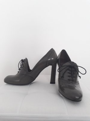 Stuart weitzman Zapatos estilo Oxford gris oscuro-marrón grisáceo