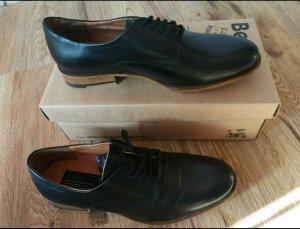 Bertie Zapatos estilo Oxford negro