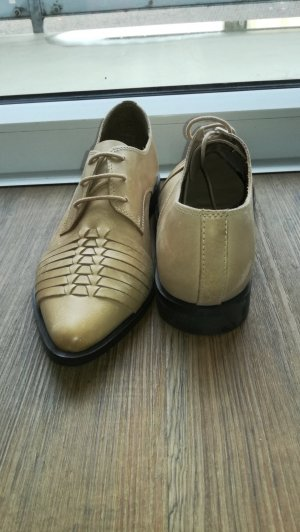 Pull & Bear Oxfords beige leather