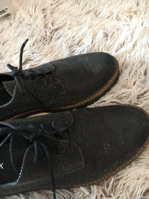 Deichmann Zapatos estilo Oxford negro