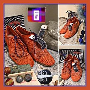 Budapest schoenen oranje-braambesrood