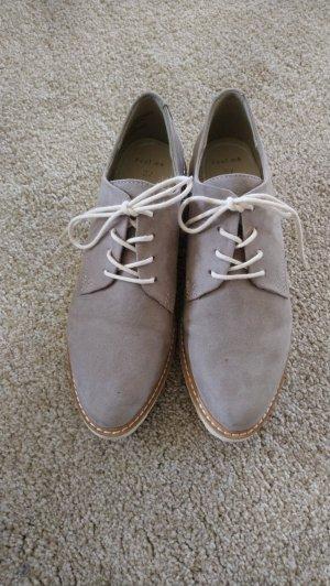 Marco Tozzi Zapatos estilo Oxford gris