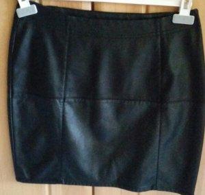 Falda de cuero de imitación negro