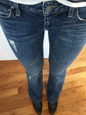 Paige Premium Denim Jeans 27 / Lauren Canyon Used Look