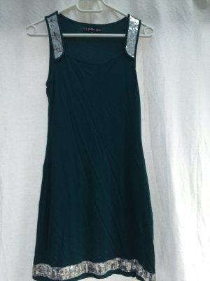 pailletten besetztes Kleid