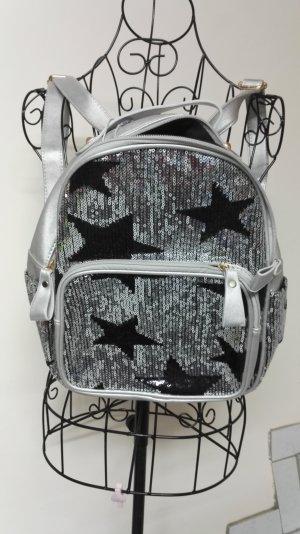 Mochila negro-color plata