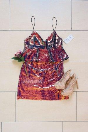 Paillettenbesetztes Kleid mit Schößchen