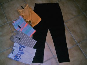 Paket Gr. XS Treggings und Shirts