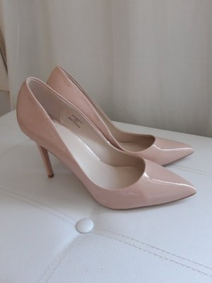 Faith Pointed Toe Pumps pink