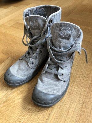 Palladium Baggy Boots, hellgrau