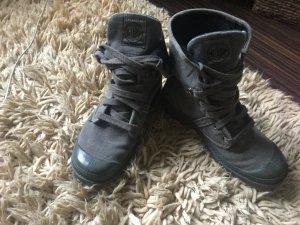 Palladium Boots grey
