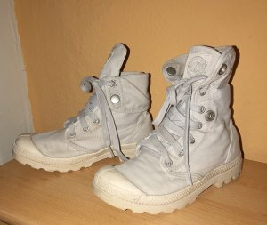 Palladium Desert Boots light grey