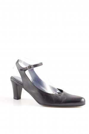 panara Strapped pumps black casual look