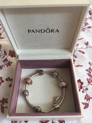 Pandora Armband 19 cm mit 6 originalen Pandora Anhängern