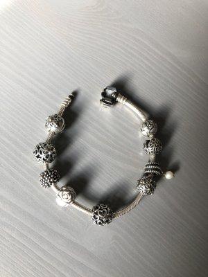 Pandora Armband 925er Silber -Verkauf nur komplett -
