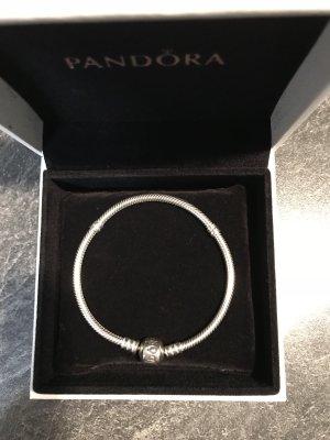 Pandora Armband Gr. 18 neuwertig