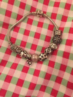 Pandora Armband inkl. 10 Charms