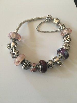 Pandora Armband mit 14 Anhänger