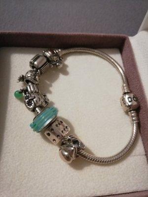 Pandora Armband mit 7 Charmes ungetragen