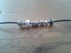 Pandora Armband mit 8 Charms