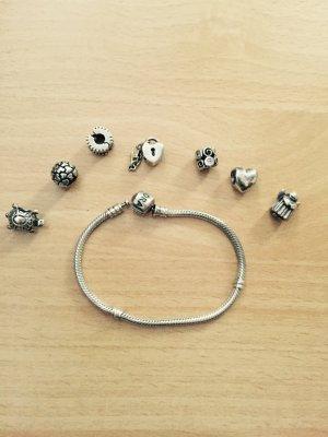 Pandora Armband mit Anhänger