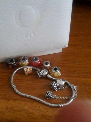 Pandora Armband mit Anhängern
