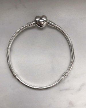 Pandora Armband mit Herzverschluss Gr 19