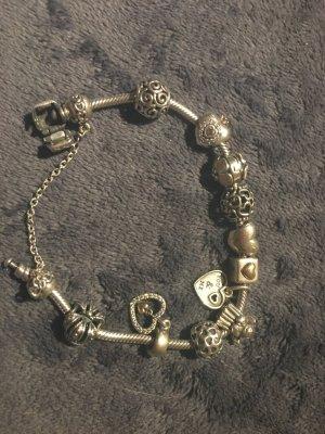 Pandora armband mit vielen charms