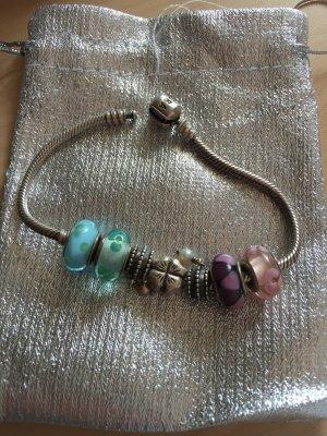 Pandora Armband mit wunderschönen Perlen