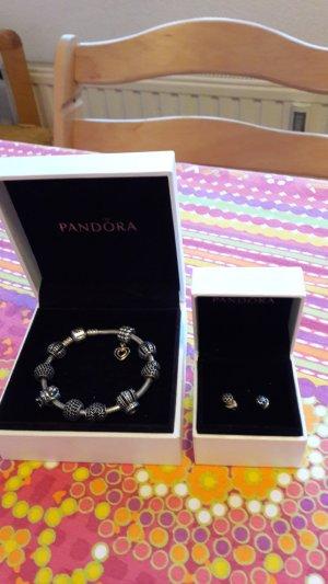 PANDORA Armband und Ohrringe