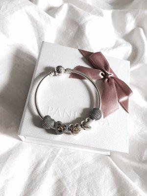 Pandora Armreifen inkl. 5 Charms