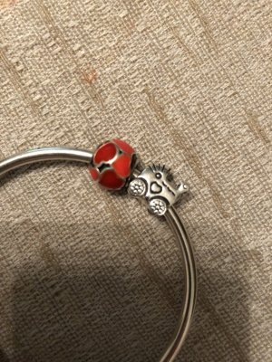 Pandora Charm red