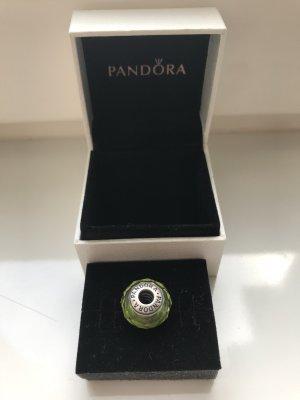 Pandora Charm olivgrün