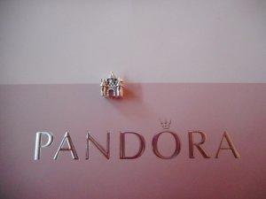 PANDORA Charm Schlösschen