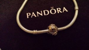 Pandora Element mit Blume vergoldet