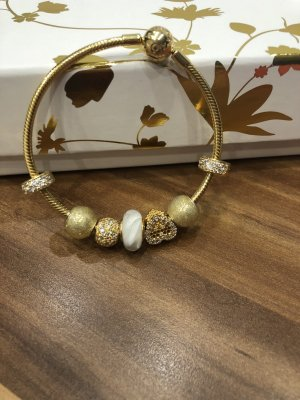 PANDORA GOLD-SHINE ARMBAND+CHARMS