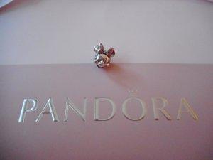 PANDORA Minnie Mouse Charm Clip