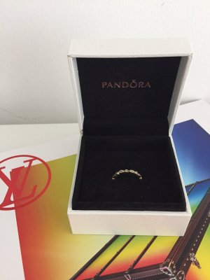 Pandora Ring. Gold.