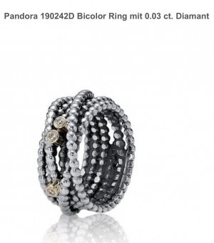 Pandora Ring mit 3 Diamanten.