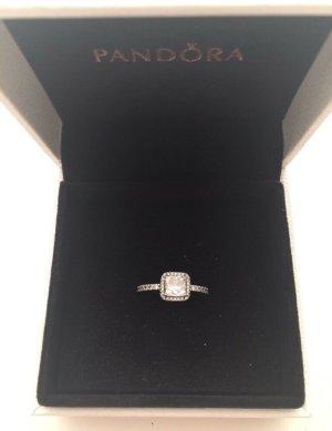 Pandora Ring. Neu
